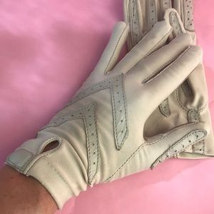 Vintage cream one size washable gloves